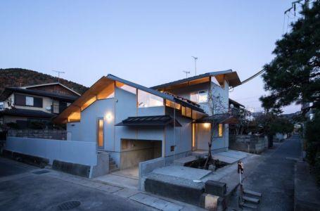 perron entrée - Eaves-House par Y Plus M Design - Kyoto, Japon