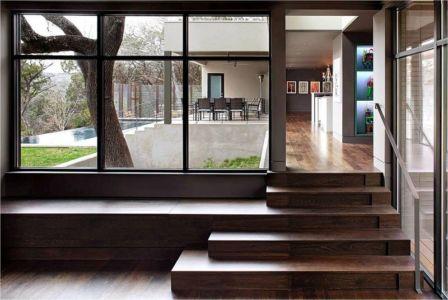 petit escalier accès salle séjour - Hills-Residence par Specht Harpman - Texas, USA