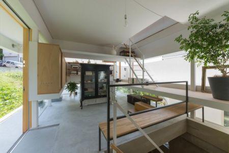 pièce étagères & bibliothèque - House-Toyonaka par Tato Architects - Toyonaka, Japon
