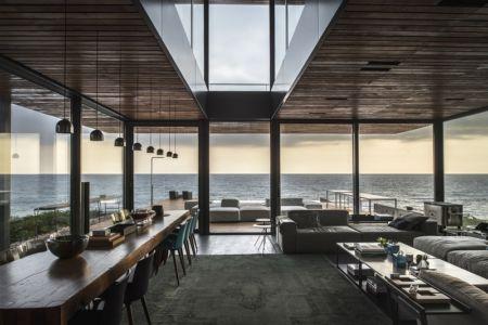 pièce de vie - Amchit résidence par Blankpage architects -Liban