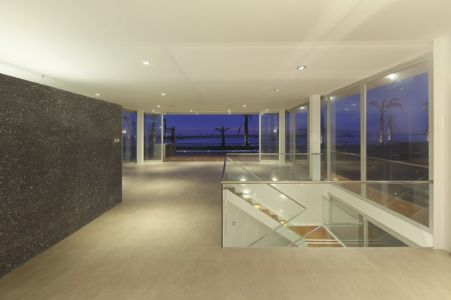 pièce de vie - La Jolla Beach House II par Juan Carlos Doblado - Asia District, Pérou