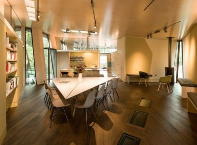 pièce de vie - Maggie's Oxford  par Wilkinson Eyre Architects - Oxford, Royaume-Uni