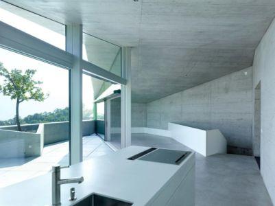 pièce de vie - Maison Iseli par François Meyer architecture - Venthôme, Suisse