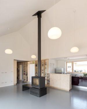 pièce de vie - Maison Simon par Bonnefous architectes - Vezet (70), France