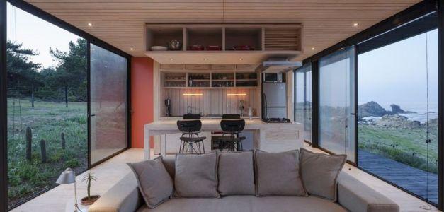 pièce de vie - Remote-House par Felipe Assadi - Pichicuy, Chili