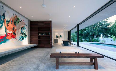 pièce de vie - Swiss family house par Architectkidd - Bang Saray, Thaïlande