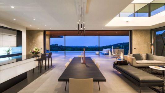 pièce de vie - Waterfall-House par Dick Clark + Associates. - Austin, Usa