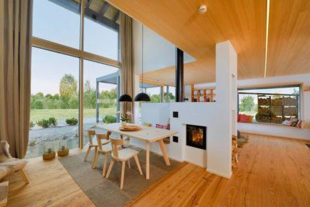 pièce de vie - alpine-residence par Bau-Fritz - Munich, Allemagne