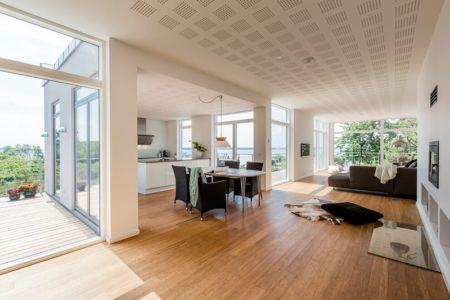 pièce de vie & balcon étage - maison exclusive par Skanlux - Danemark