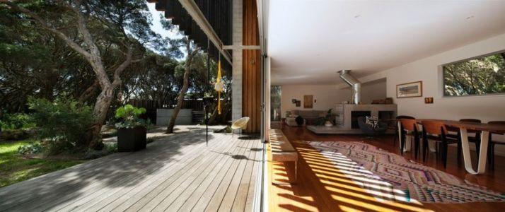pièce de vie et terrasse - Rye 4 par Pleysier Perkins à Rye, Australie