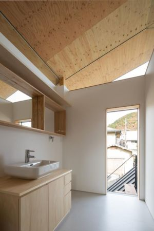 pièce lavabo - Eaves-House par Y Plus M Design - Kyoto, Japon