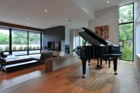 piano et salon - Underwood House par StudioMET - Houston, Usa