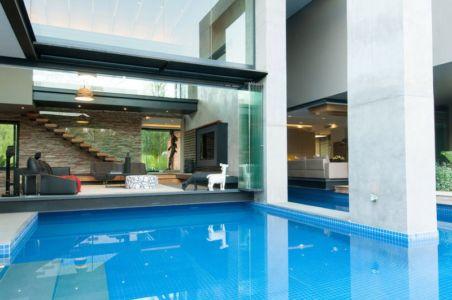 piscine - House-in-Blair-Atholl par Nico van der Meulen Architectes - Johannesburg, Afrique du Sud