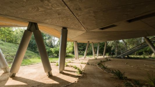 piliers maison - Maggie's Oxford  par Wilkinson Eyre Architects - Oxford, Royaume-Uni