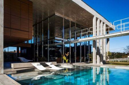 piscine - Botucatu-House par FGMF Arquitetos - Botucatu, Brésil