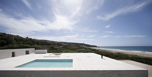 piscine - Casa del Infinito par  Alberto Campo Baeza - Cadix, Espagne - photo Javier Callejas Sevilla