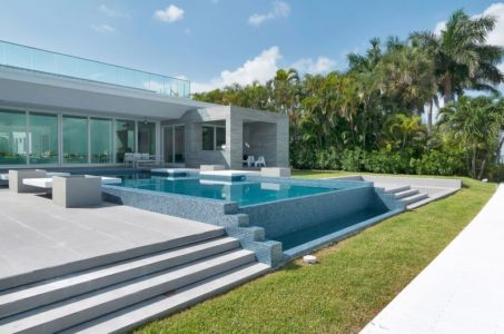 piscine - Gross-Flasz Residence par One d+b Miami - Harbor Island, Usa