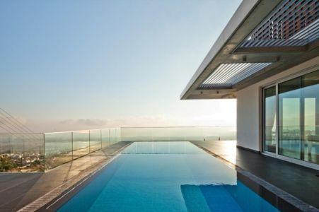 piscine - Prodromos and Desi Residence par VARDAstudio - Paphos, Chypre