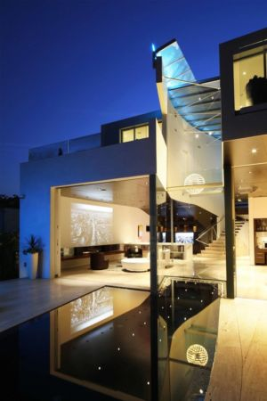 piscine de nuit - Birch Residence par Griffin Enright Architects - Los Angeles, Usa