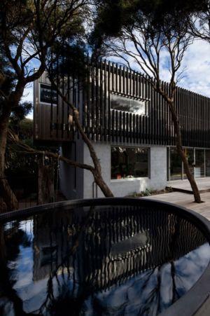 piscine et façade - Rye 4 par Pleysier Perkins à Rye, Australie