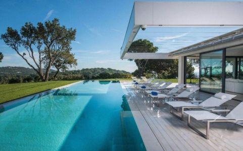 piscine et terrasse - Villa - France