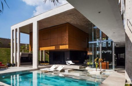 piscine & façade terrasse - Botucatu-House par FGMF Arquitetos - Botucatu, Brésil