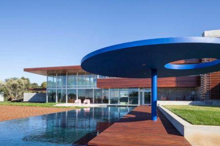 piscine & façade terrasse - Vidalakis-Residence par Swatt Miers Architects - Californie, USA