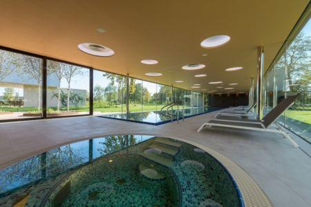 piscine intérieur - Villa M par Oliver Grigic - Cepin, Croatie