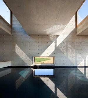 piscine intérieure - Maison Terrier par Bernard Quirot architecte + associés - Haute-Saône, France