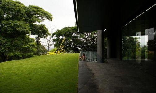 piscine parfaitement intégrée - Casa Altamira par Joan Puigcorbé - Costa Rica