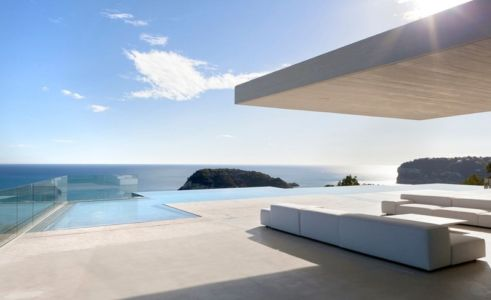 piscine terrasse - Sardinera House par Ramon Esteve Estudio - Valencian Community, Espagne