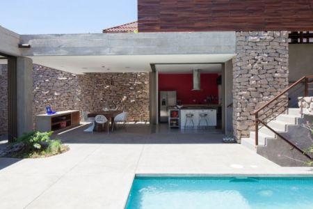 piscine & vue îlot de cuisine - Garden-House par Cincopatasalgato - El Salvador