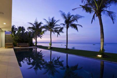piscine & vue panoramique océan - sofka par MM++ Architects - Phan Thiet, Vietnam