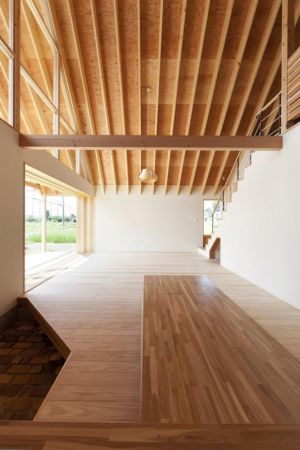 grande hauteur sous plafond - Gabled-Roof par Tailored Design Lab - Kawagoe, Japon