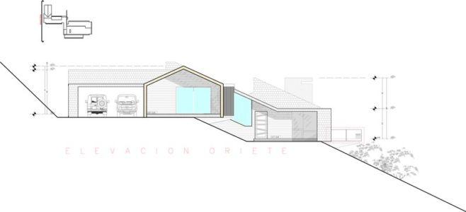 plan coupe - ED House par Eduardo Guzmán Rivera + Juan Carlos Muñoz Del Sante - Chili