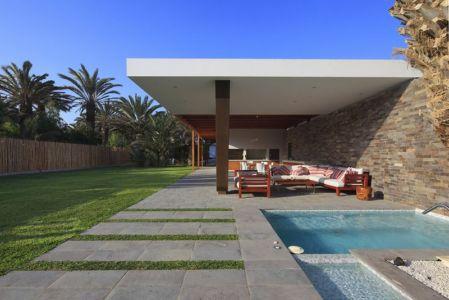 plounge piscine - Maison Mar-de-Luz par Oscar Gonzalez Moix - Pérou