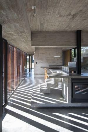 poêle à bois - MR House par Luciano Kruk Arquitectos - La Esmeralda, Argentine