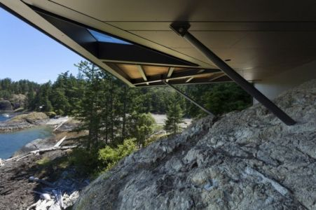 points d'ancrage - Tula House par Patkau Architects - Quadra Island, Canada