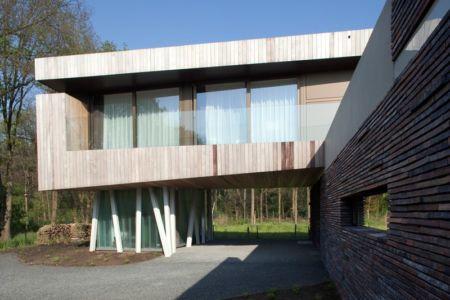 porte à faux - 102 Heesch par Hilberink Bosch Architecten - Bosvilla, Pays-Bas