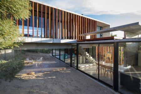 porte à faux - MR House par Luciano Kruk Arquitectos - La Esmeralda, Argentine