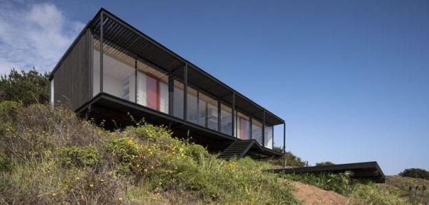porte à faux - Remote-House par Felipe Assadi - Pichicuy, Chili