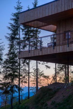 porte à faux de nuit - Deluxe Mountain Chalets par Viereck Architects - Styria, Autriche
