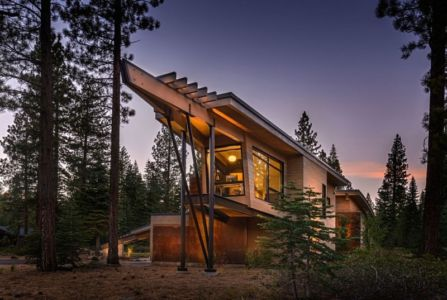 porte à faux de nuit - Flight House in Martis Camp par Sage Architecture - Truckee, Usa