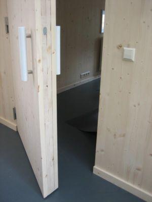 portes bois - Biobased-Living-Concept par DDacha - Pays-Bas