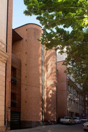 façade entrée rue - Kaveh-House par Pargar Architecture and Design Studio - Téhéran, Iran