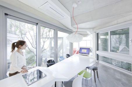 séjour - HWA HUN par IROJE KHM Architects - Pyeongchang-dong, Corée du Sud