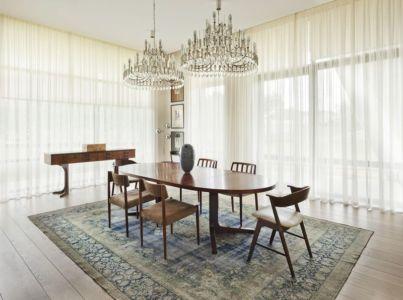 salle à manger - House of Piton par PANACOM Architect - Russie