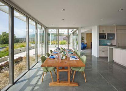 séjour - In-Out par Wnuk Spurlock Architecture - Stinson Beach, Californie, USA