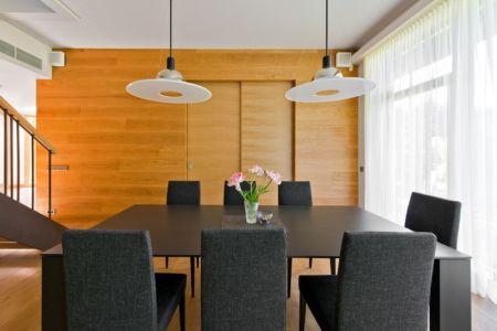 séjour - Modern Family House par 4PLIUS Architects - Vilnius, Lituanie