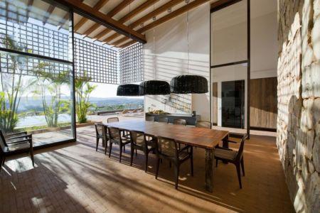 séjour - Quinta-House par CANDIDA TABET ARQUITETURA - São Paulo, Brésil